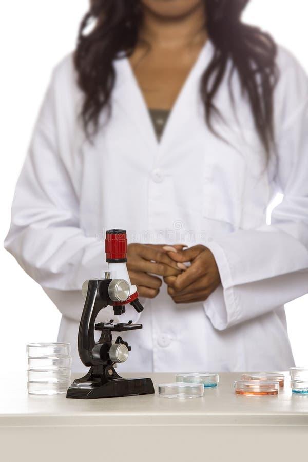 Bio- ingegnere femminile o studente di medicina immagini stock libere da diritti