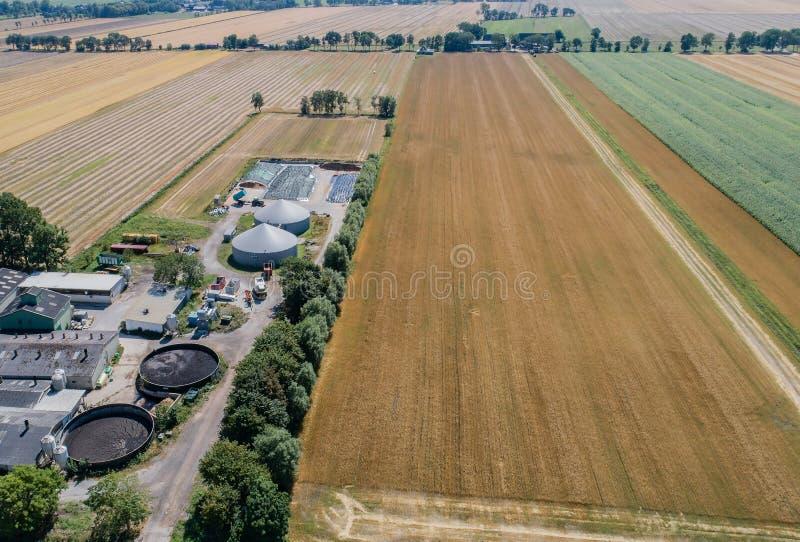 Biogasväxt för kraftgenerering och energi arkivbild