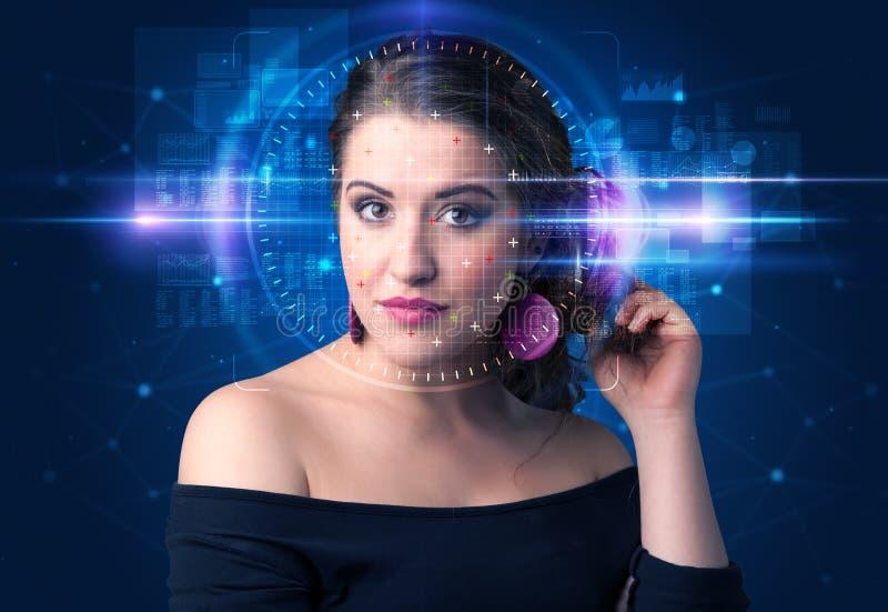 Biometric verifikation - kvinnaframsidaupptäckt fotografering för bildbyråer