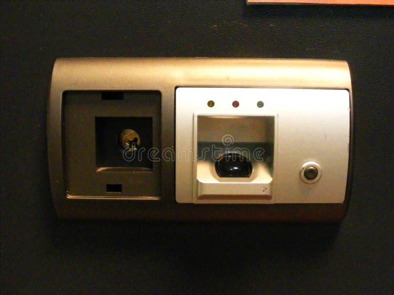Biometrisch veilig slot, vingerafdrukaftasten en wachtwoord royalty-vrije stock afbeelding
