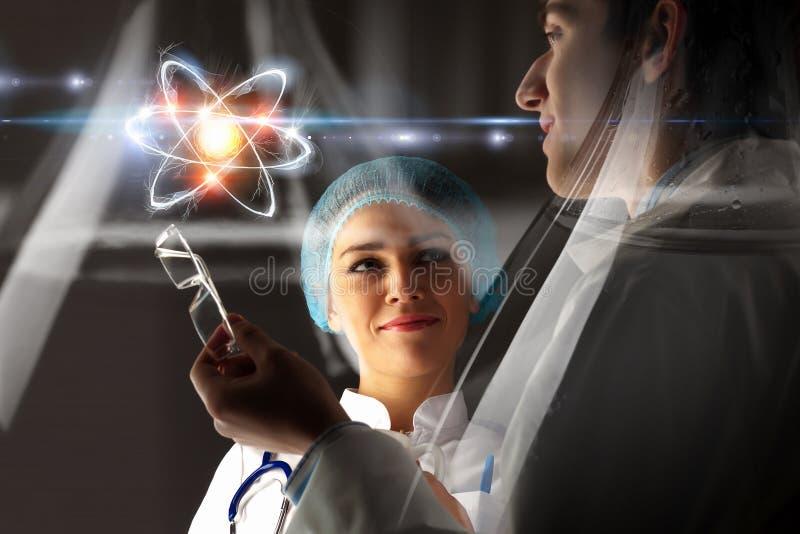 Bioquímica y tecnologías Técnicas mixtas imagen de archivo libre de regalías