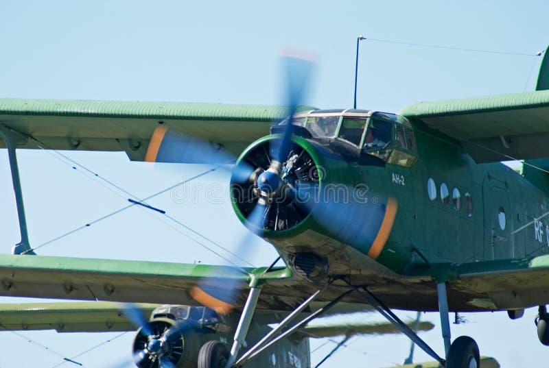 Biplanew een-2 (Antonov) start royalty-vrije stock afbeelding
