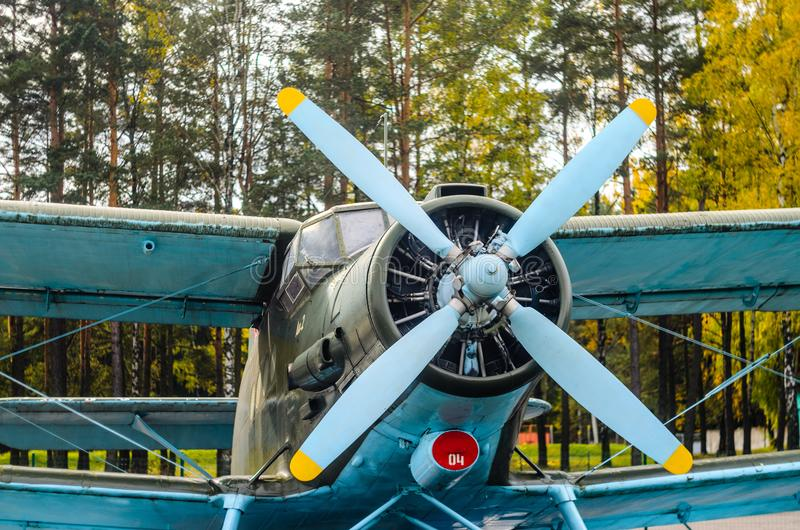 Biplano viejo de los aviones imagen de archivo