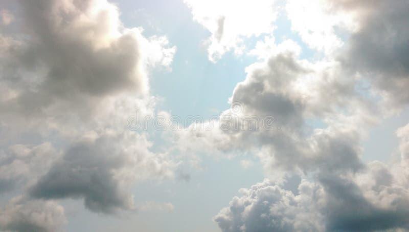 Birght zonnige dag royalty-vrije stock afbeeldingen