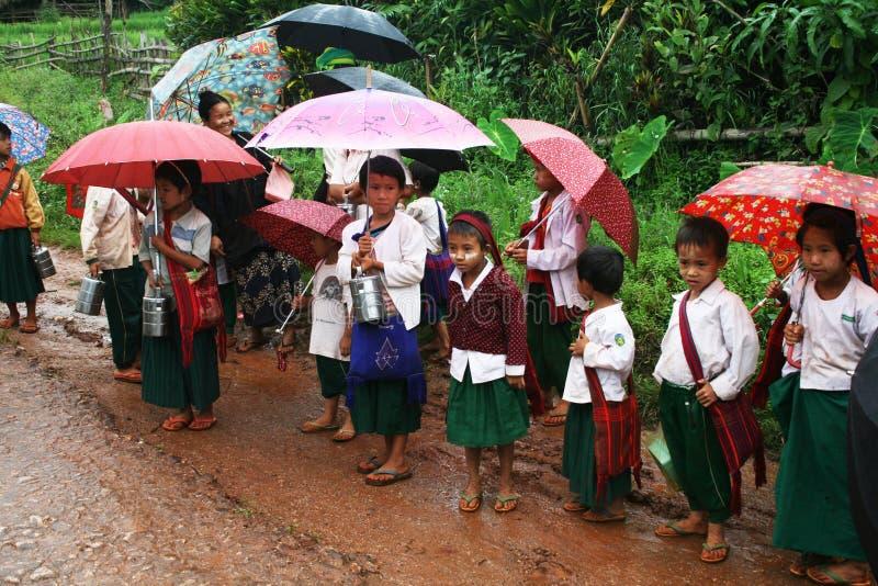 Birmaanse kinderen royalty-vrije stock fotografie