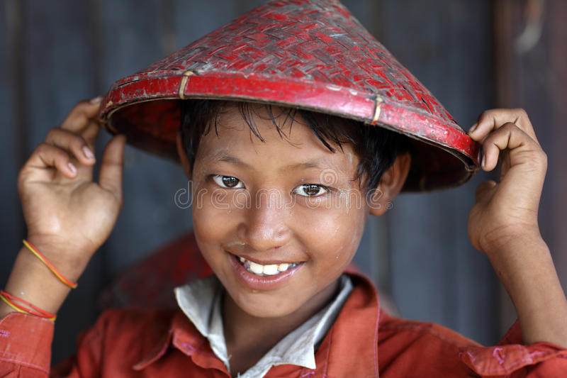 Birmaanse student in Mandalay, Myanmar stock foto