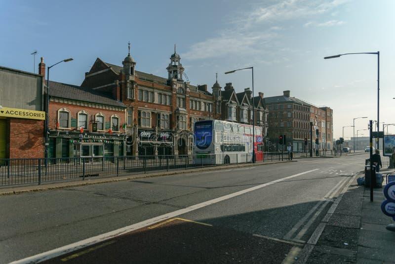 Birmingham Digbeth storgatan Deritend royaltyfri bild