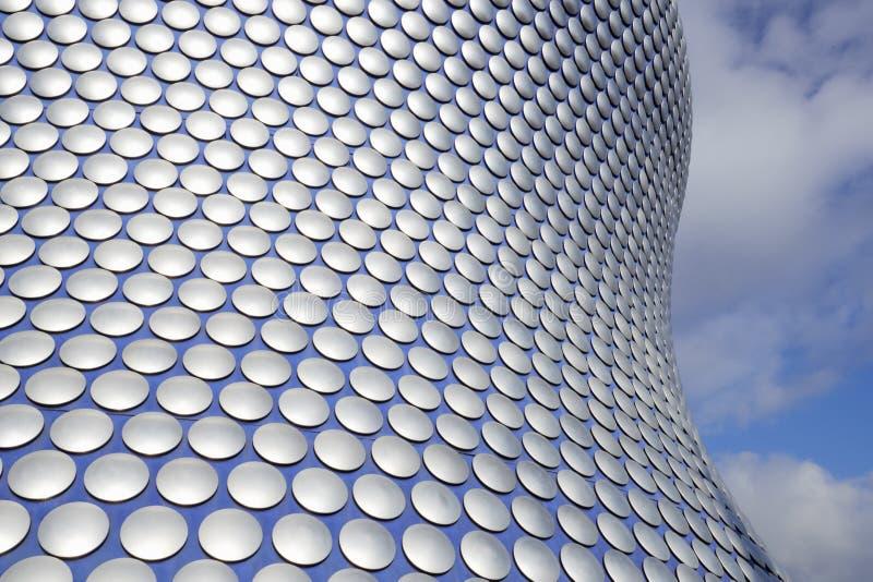 Birmingham, Reino Unido - 6 de novembro de 2016: Detalhe exterior do centro de compra da praça de touros em Birmingham Reino Unid imagem de stock