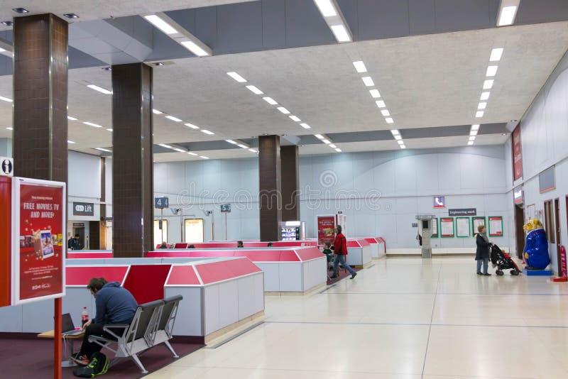 Birmingham/UK - 03 03 19: Birmingham internationell drevstation under flygplatsen royaltyfri fotografi