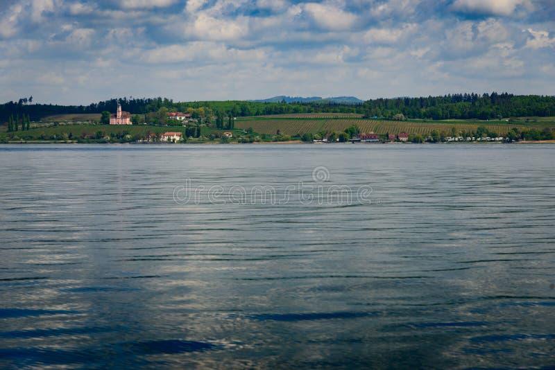 Birnau Basilika横跨湖的 库存照片