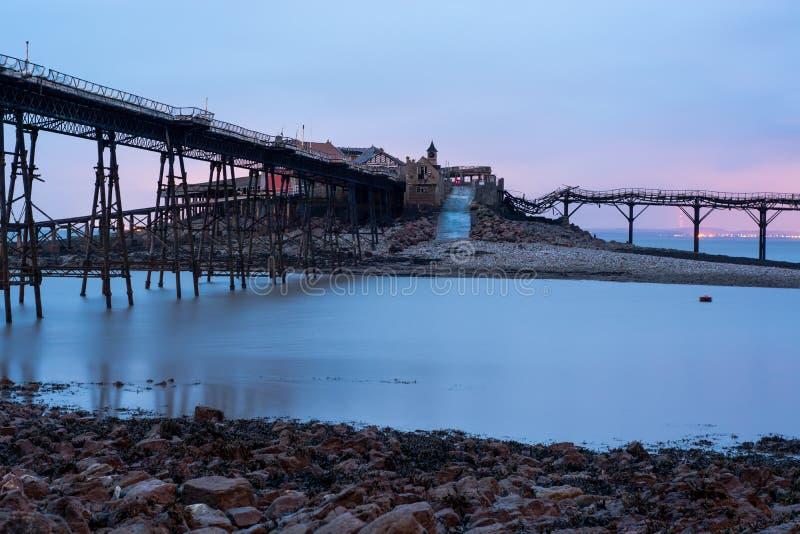 Birnbeck Pier Collapse på Weston-toppen-stoen fotografering för bildbyråer