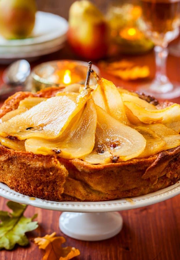 Birnenkuchen für Feiertag lizenzfreie stockfotografie