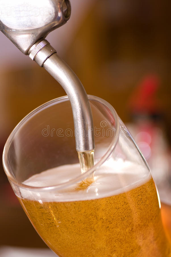 Birra alla spina immagine stock libera da diritti