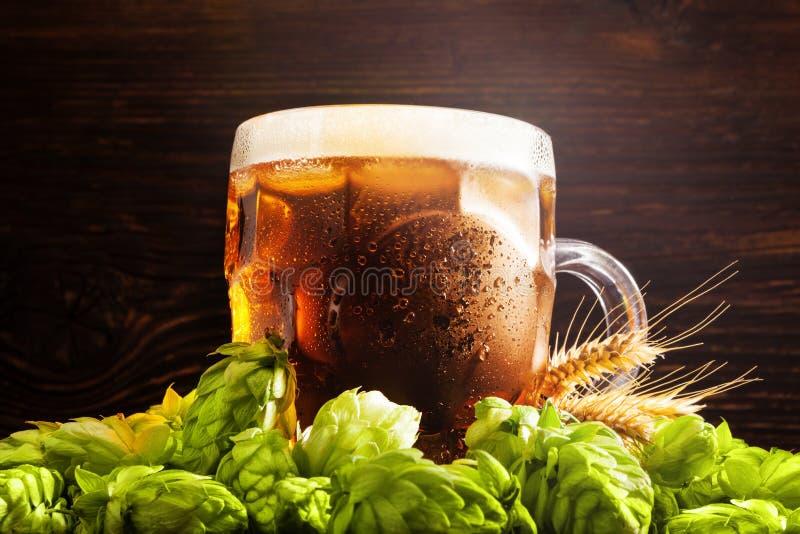 Birra alla spina di lusso immagini stock