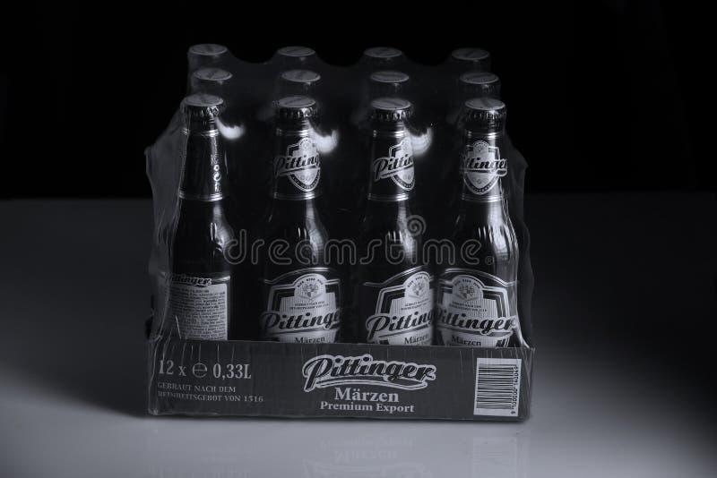 Birra di Pittinger Marzen, fondo nero fotografia stock libera da diritti