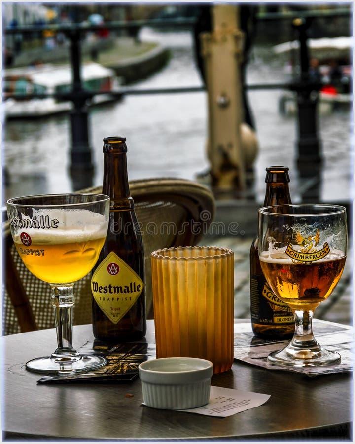 Birra e canali di Gand, Belgio fotografia stock libera da diritti