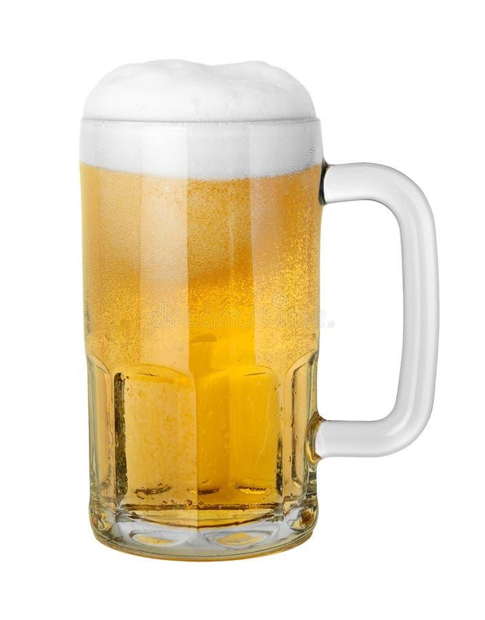 Birra in una tazza fotografie stock libere da diritti