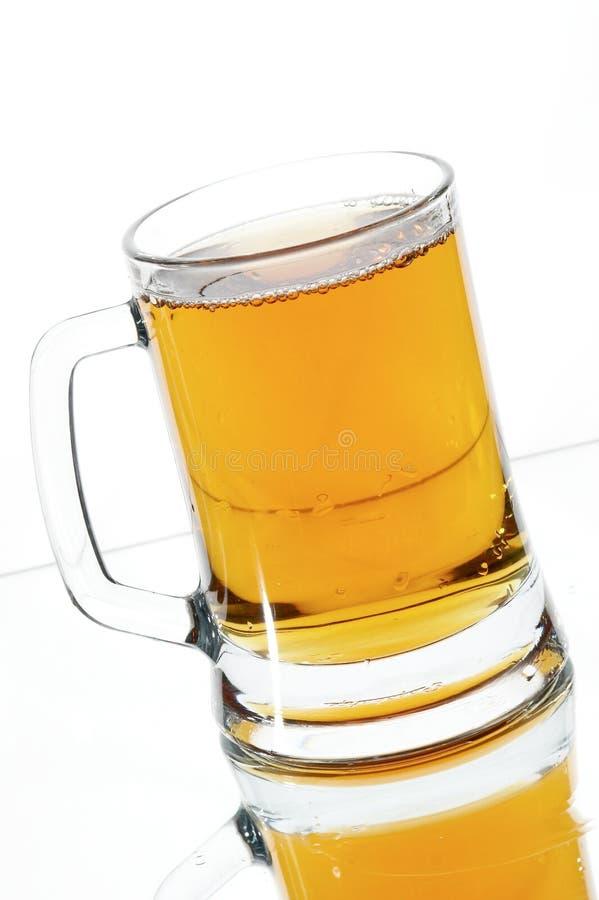 Birra in vetro fotografia stock