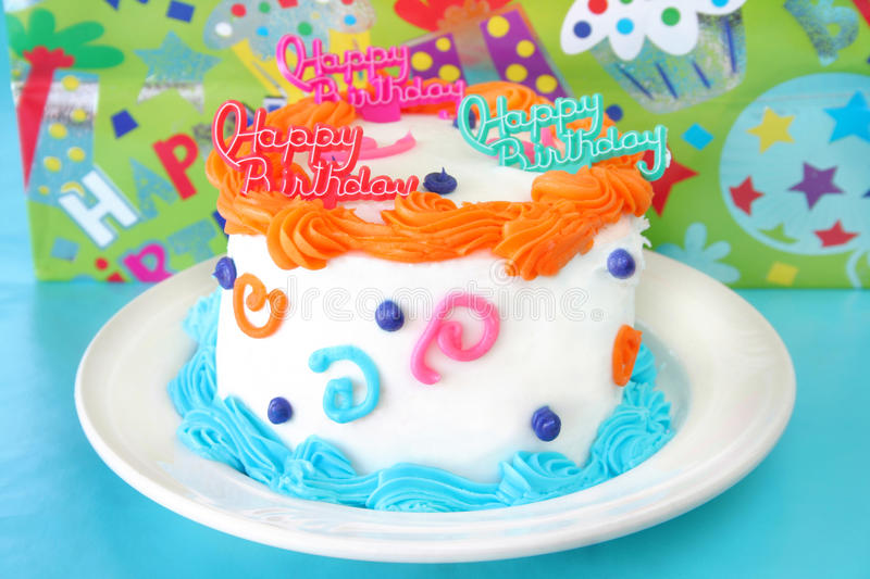 Download Birthday Cake Royalty Free Stock Photo - Image: 10037075