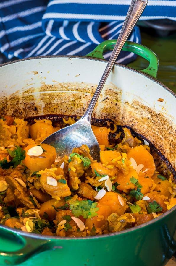 Biryani d'agneau, d'abricot et de patate douce photo stock