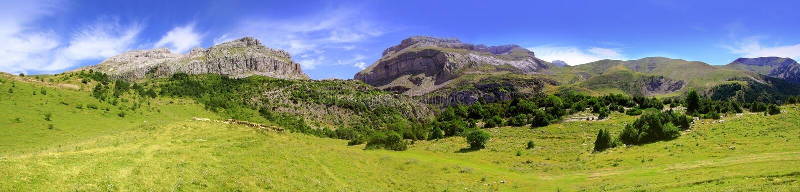 Bisaurin peak Pyrenees panoramic scenics Huesca stock photography