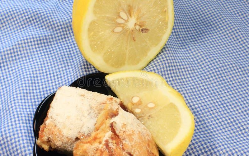 Biscoito amanteigado do limão fotografia de stock royalty free