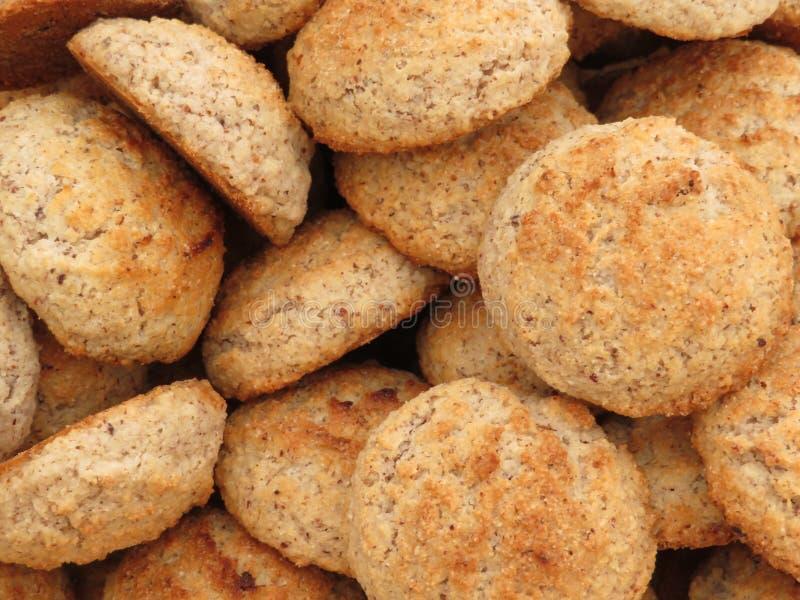 Biscoitos bonitos da cor agradável e do gosto delicioso fotos de stock