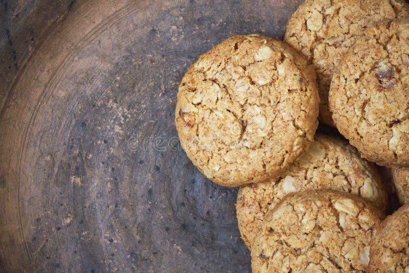 Biscoitos com farinha do inteiro-trigo fotos de stock
