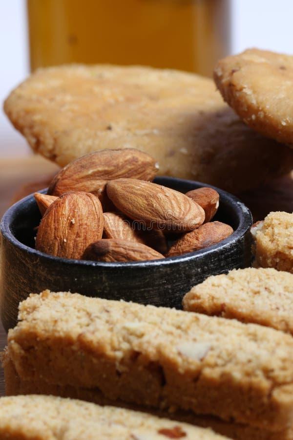 Biscoitos da amêndoa fotos de stock