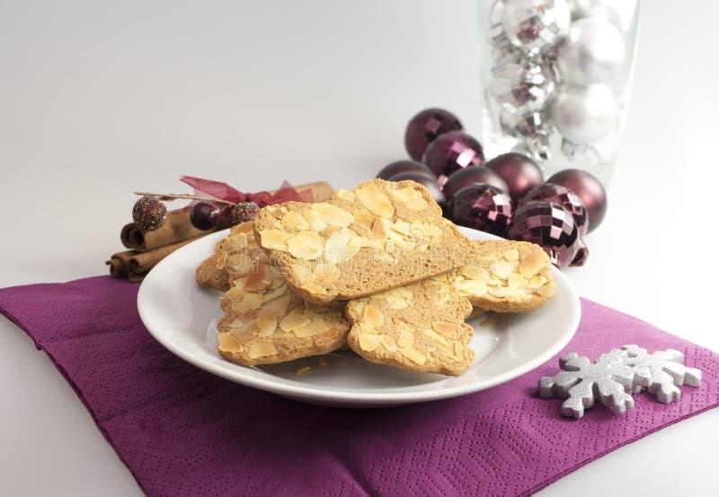 Biscoitos da amêndoa do feriado fotos de stock royalty free