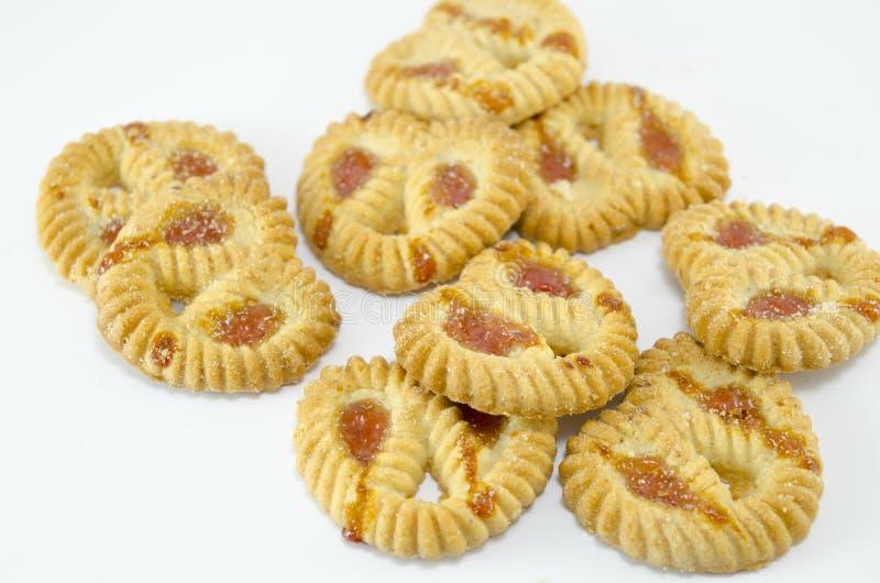 Biscoitos de chá enchidos com o doce do abricó fotos de stock