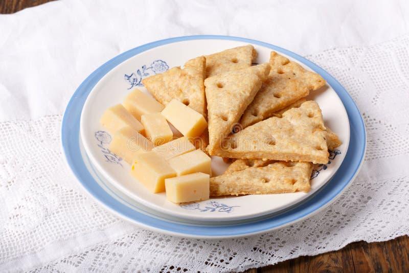 Biscoitos de queijo caseiros imagens de stock royalty free