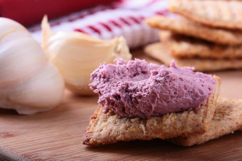 Biscoitos do trigo com creme. imagem de stock royalty free