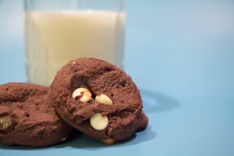 Biscoitos e leite fotos de stock royalty free