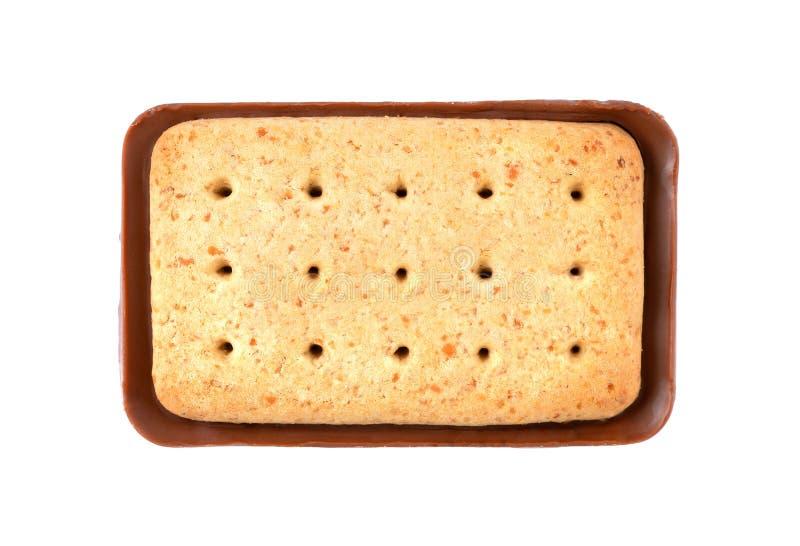 Biscoitos quadrados do chocolate isolados no fundo branco foto de stock