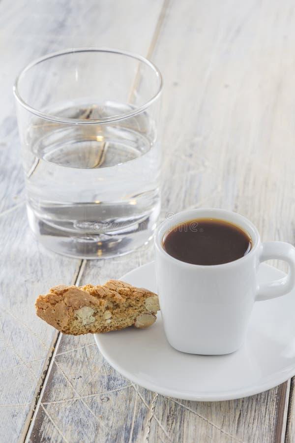 Biscotti с эспрессо стоковая фотография