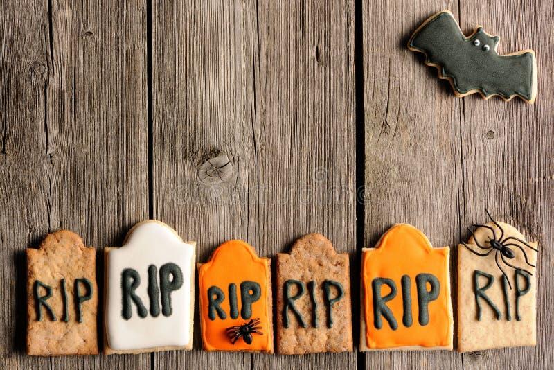 Biscotti casalinghi del pan di zenzero di Halloween fotografia stock libera da diritti