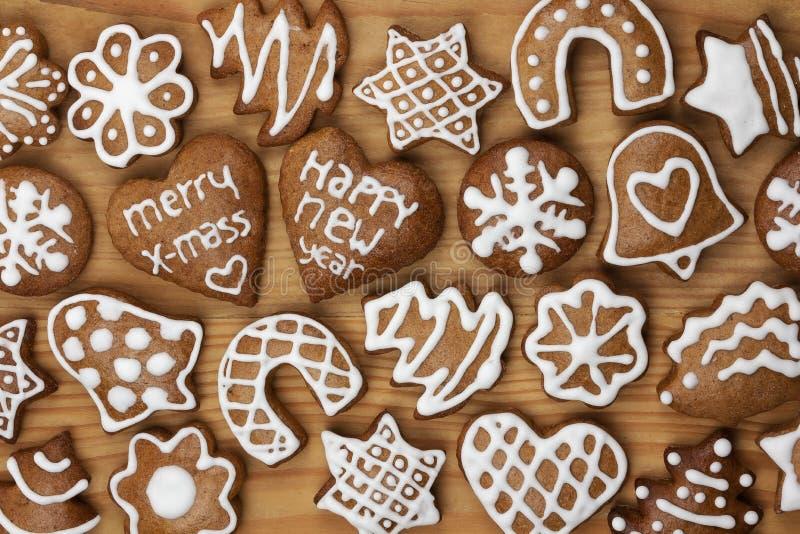 Biscotti casalinghi del pan di zenzero di natale fotografie stock libere da diritti