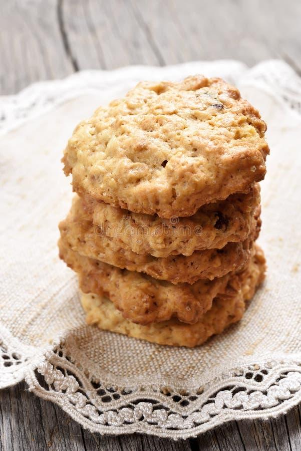 Biscotti casalinghi dell'avena fotografia stock libera da diritti