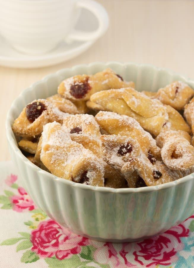 Biscotti casalinghi di festa di Natale fotografia stock libera da diritti