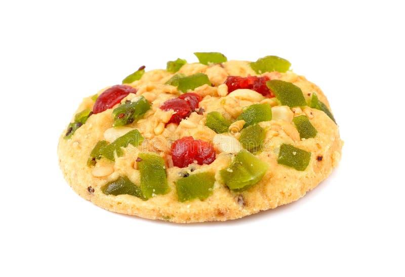 Biscotti con frutta candita, isolata su un fondo bianco fotografie stock