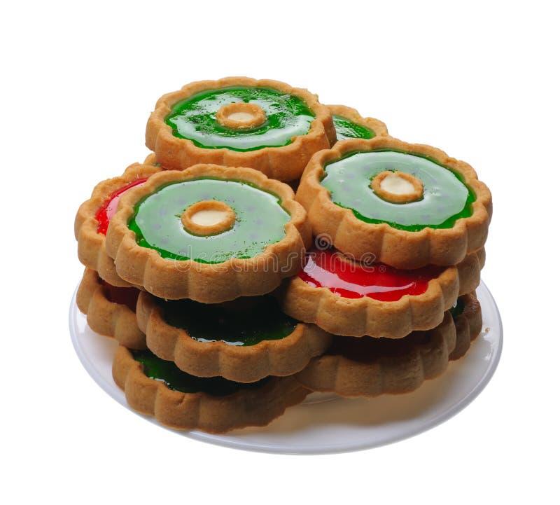 Biscotti con gelatina rossa e verde, isolata fotografia stock libera da diritti