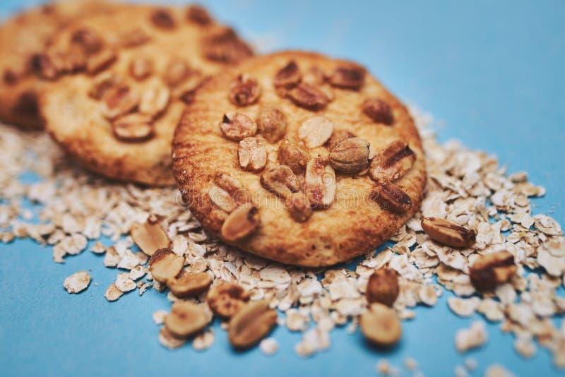 Biscotti con le noci fotografia stock libera da diritti