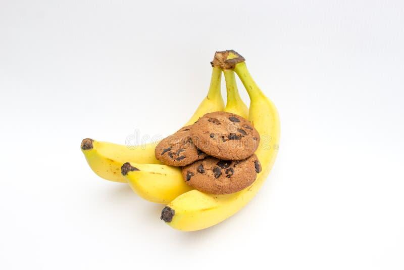 Biscotti del cioccolato con la banana fotografie stock