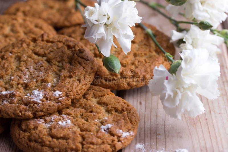 Biscotti di farina d'avena casalinghi fotografie stock libere da diritti