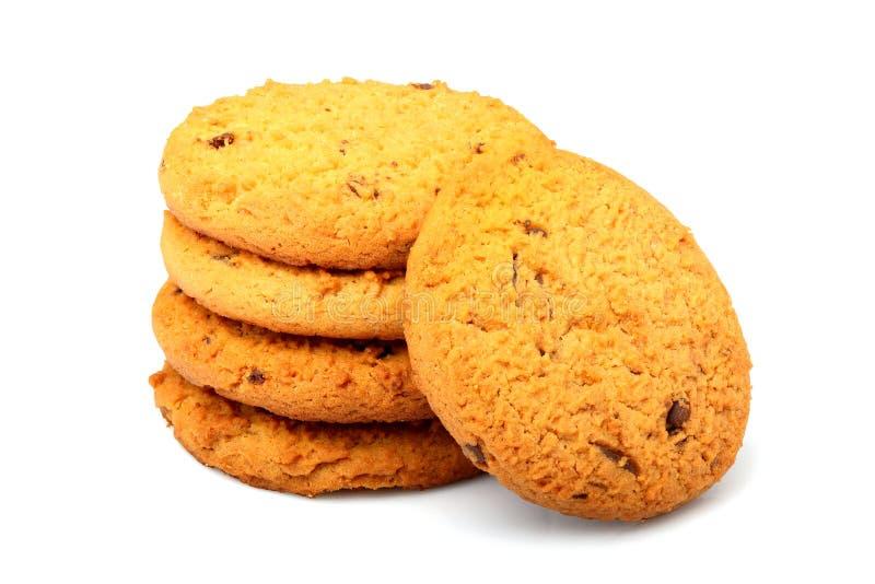 Biscotti di farina d'avena con di pepita di cioccolato isolati immagine stock