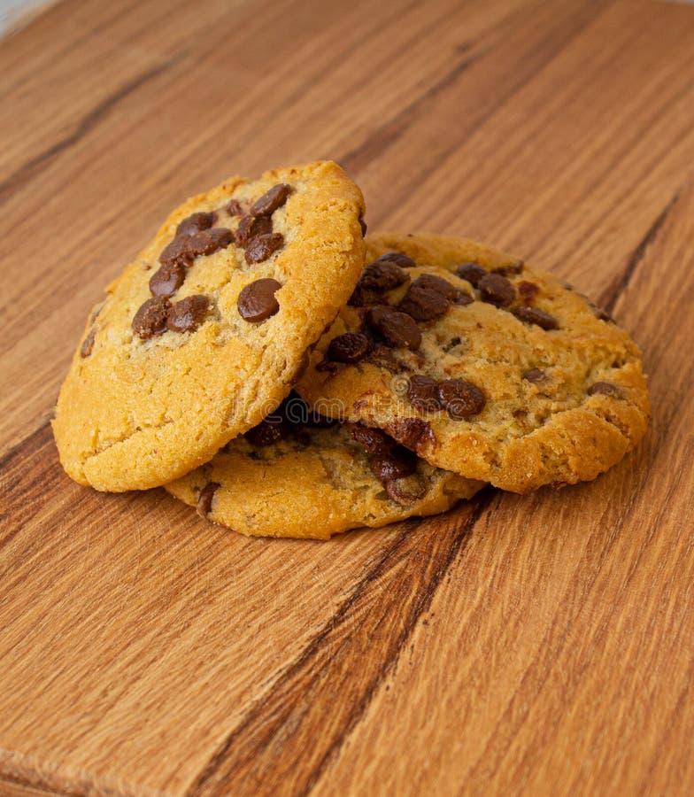 Biscotti di pepita di cioccolato casalinghi fotografia stock