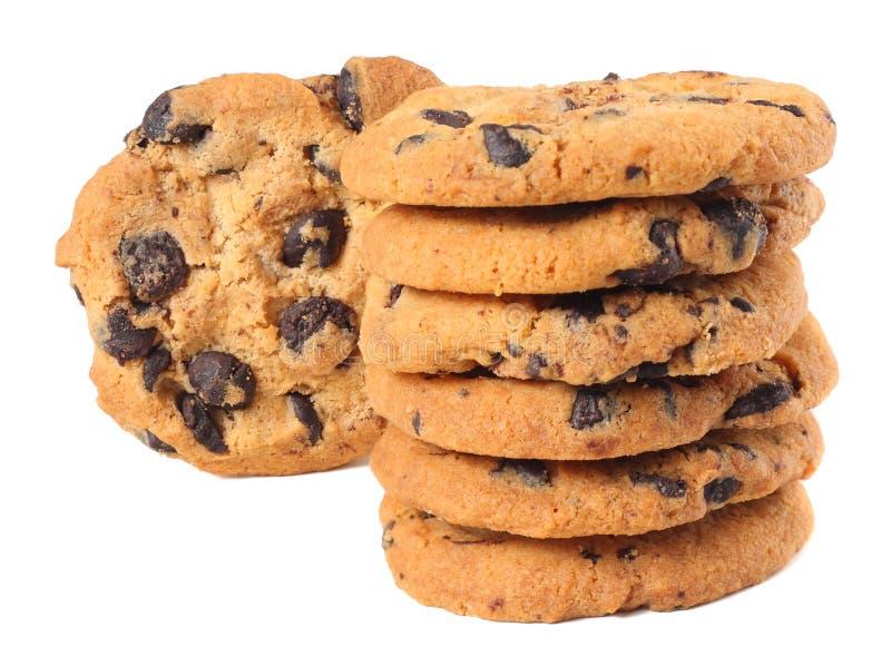 Biscotti di pepita di cioccolato isolati su priorità bassa bianca Biscotti dolci Pasticceria casalinga immagini stock