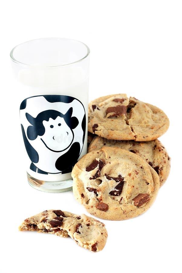 Biscotti e latte fotografie stock