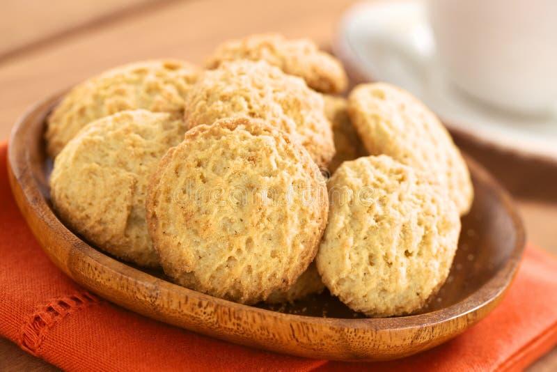 Biscotti fatti con la farina di Maca fotografia stock